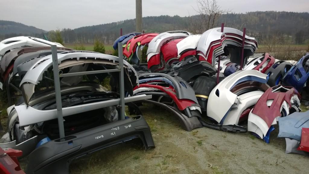 Autovrakoviště JAPONSKÉ A KOREJSKÉ AUTODÍLY AUTO DRÁSOV