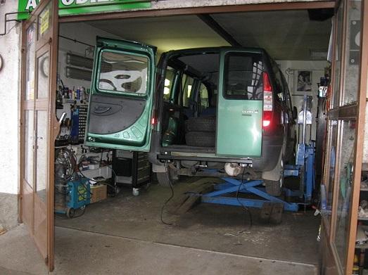 Autovrakoviště O.K. MOTOR TRADING - Autocentrum